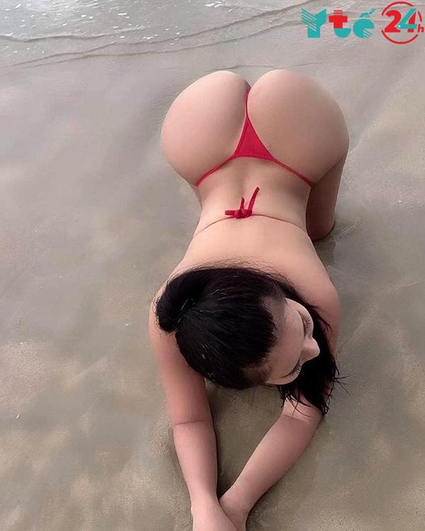 Ảnh gái xinh vú to mông đẹp