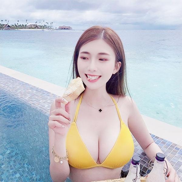 Hình ảnh gái xinh vú bự, eo thon, mông đẹp