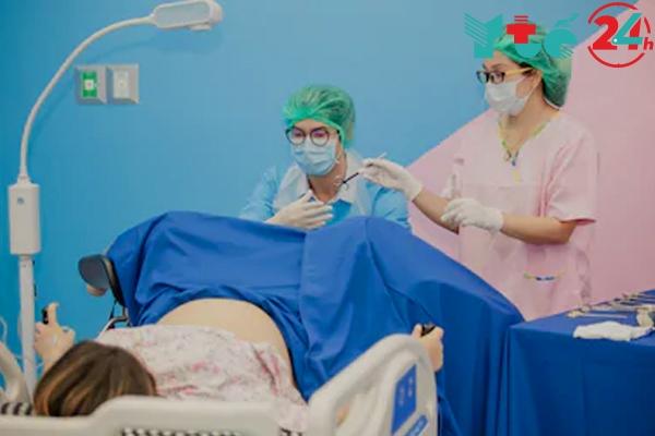 Phẫu thuật điều trị thai ngoài tử cung