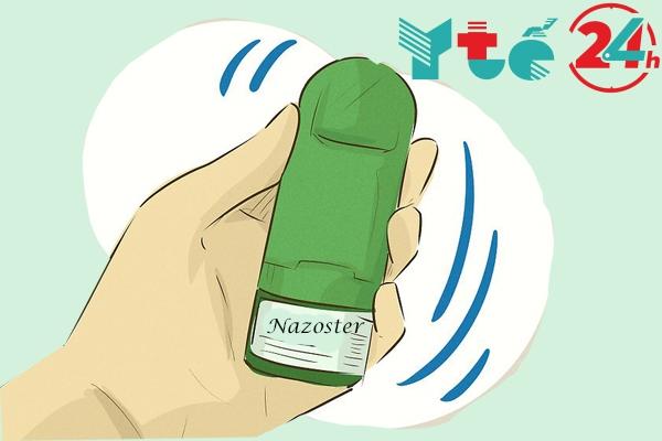 Bạn nhớ hãy lắc bình xịt mũi Nazoster trước khi sử dụng nhé!
