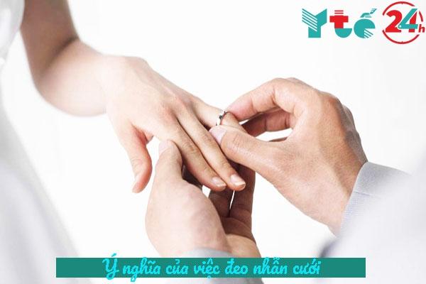 Ý nghĩa của việc đeo nhẫn cưới