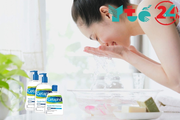Bạn nên dùng sữa rửa mặt Cetaphil như thế nào?