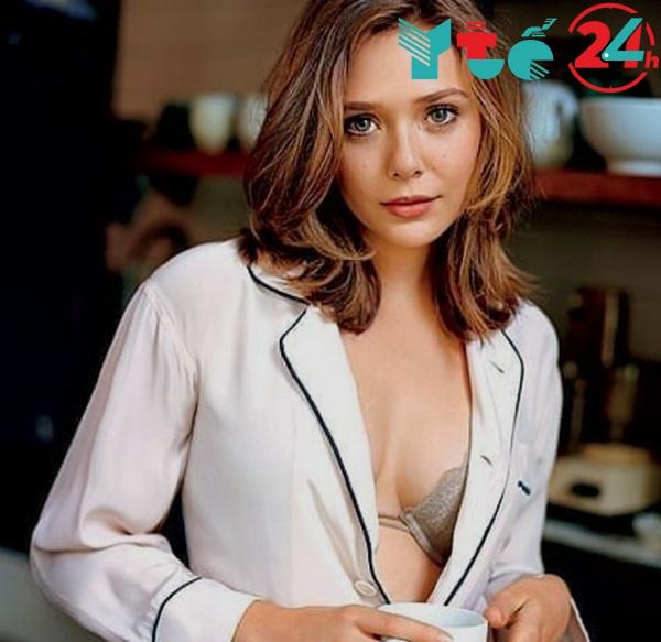 Elizabeth Olsen mặc nội y