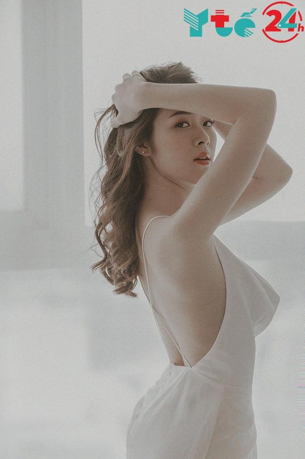 Diệp Bảo Ngọc hờ hững với bộ Bikini