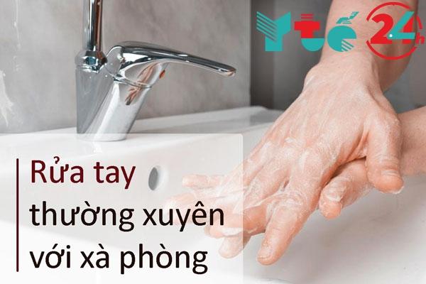 Rửa tay bằng xà phòng cho hiệu quả cao hơn nước rửa tay khô